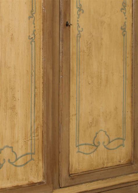 armadio dipinto armadio veneziano armadio in legno stile veneziano a ante