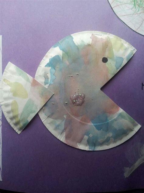 rainbow fish pattern for kindergarten watercolor paper plate rainbow fish preschool craft