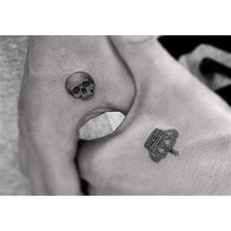 small skull tattoo best 25 tiny skull tattoos ideas on small