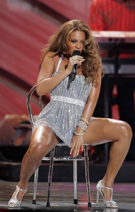 beyonc 233 s fantastische tattoo kollektion tattoos and body beyonce knowles legs open tattoos reviews july 2010