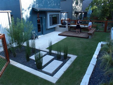 contemporary backyard landscaping ideas backyard landscaping ideas small yards saomc co
