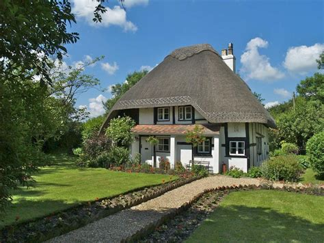 pig oak wimborne dorset 3 bed cottage for sale 163 620 000