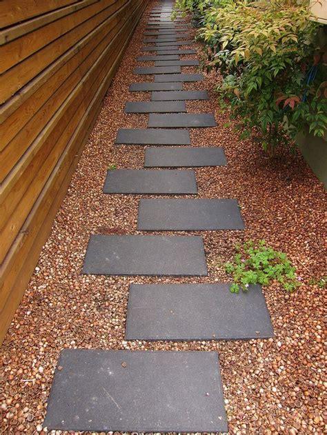 easy  cheap walkway ideas   garden