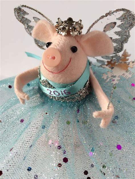 pig tree topper 4572 best piggies images on piglets pigs and pigs