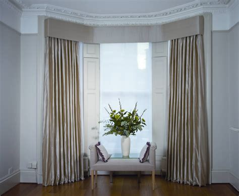 Curtains with Pelmets. Made to Measure Curtains.