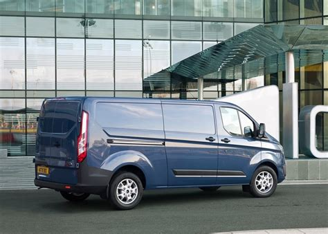 sport car garage ford transit custom 2013