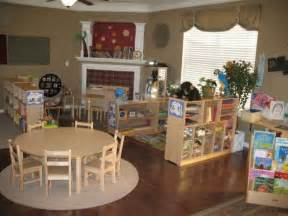 Home Daycare Ideas For Decorating by 17 Best Ideas About Home Daycare Rooms On Pinterest