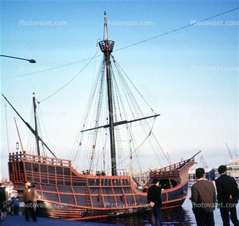 christopher columbus boat barcelona santa maria replica christopher columbus barcelona