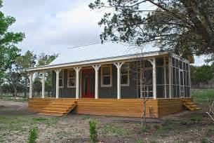 Small Cabin House Hill Country Cottage By Kanga Room Systems Small