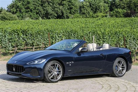maserati granturismo blue 2018 maserati granturismo coupe and convertible first