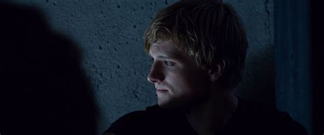 hunger games screencaptures hq peeta mellark and katniss everdeen photo 32405794 fanpop