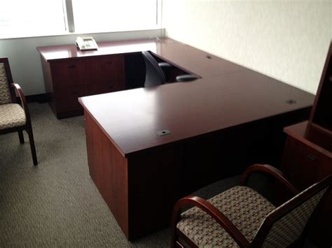 Wood Veneer U Shaped Private Office Used U Shaped Desk