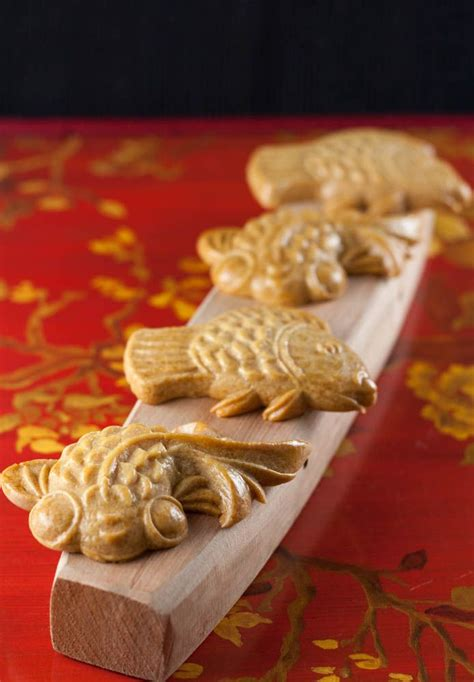 new year shaped cookies mooncake biscuit cookies recipe shape sweet