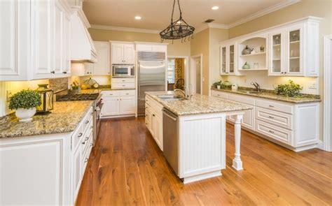 custom kitchens  islands great design ideas images