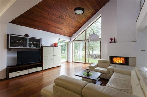 Auf Der Decke by Deckenverkleidung Aus Holz Nat 252 Rliches Gef 252 Hl Zu Hause