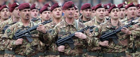 concorsi interni esercito concorsi nell esercito le occasioni in scadenza a marzo