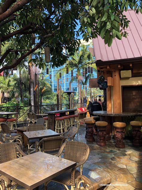 patio dole look and review disneyland s tangaroa terrace