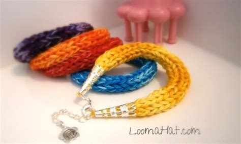 how to knit a friendship bracelet top ten gifts for loom knitting loomahat