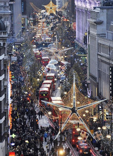 images of christmas in london britain spends 163 1 5 million a minute on one of the busiest