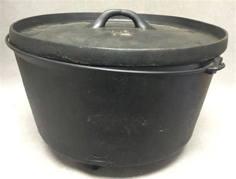 large cast iron pot large cast iron pot
