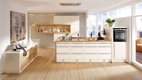 cuisine grise et bordeaux merveilleux quelle couleur de mur avec des meubles blancs