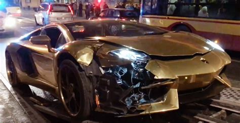crashed red lamborghini lamborghini aventador is wrecked in collision