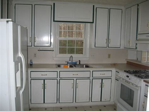 Painting Kitchen Cabinets White Before And After Decor White Kitchen Cabinets Before And After