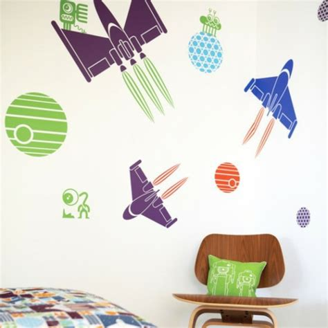 Kinderzimmer Junge Weltraum by 10 Interessante Wand Deko Ideen F 252 R Jungen Kinderzimmer
