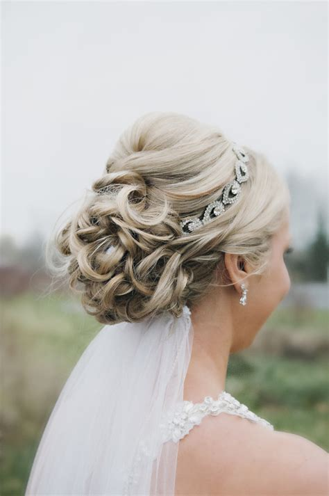 counrty wedding hairstyles for 2015 dise 241 os boda de u 241 as tocados y velos de novia 1926203