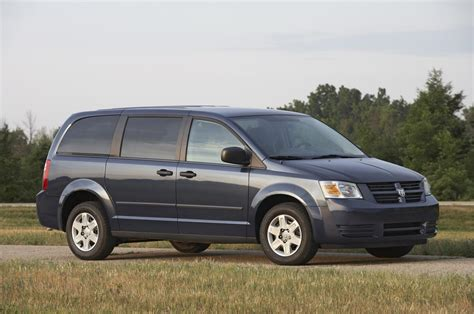 dodge grand caravan pictures photo gallery car and driver