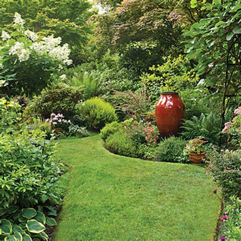 Landscape Your Yard Original Ideas For Garden Paths More Than 60 Pictures Of