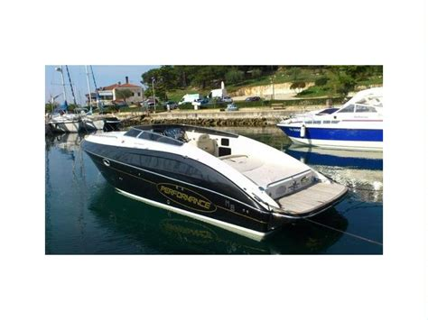 performance boats italy performance 807 in italy cruisers used 10252 inautia