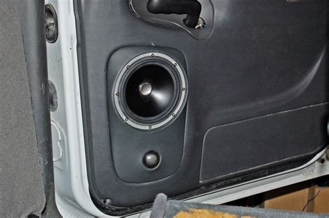 Speaker Audio Gmc Teckyo 881 two jl audio zr650 speakers in gmc door car pictures