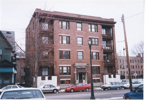 Milwaukee Apartments For Rent East Side Milwaukee Area Apartments For Rent 187 Shovers Realty Llc