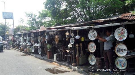 Lu Gantung Kuno Antik sentra penjualan barang antik di jalan bodri surabaya