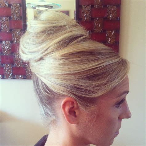 Wedding Hair Bun Pieces by Www Chicagostylelust High Bun With Crossed Front