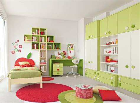 decorare bambini cameretta bambini colori pareti decorazioni e design moderno
