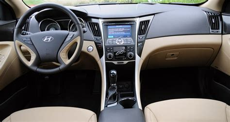 how cars engines work 2010 hyundai sonata seat position control review 2011 hyundai sonata a sweet addition to mid size sedan segment autoblog