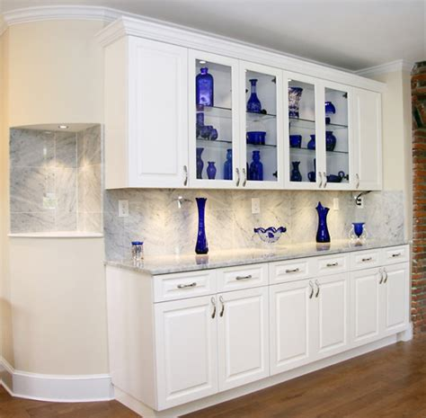 white lacquer kitchen northwoods manufacturing