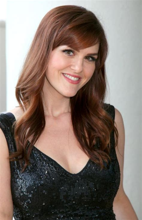 rogers commercial actress mom actress sara rue urges women to resolve now rather than
