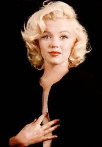 marilyn hair color marilyn caricatures and photos