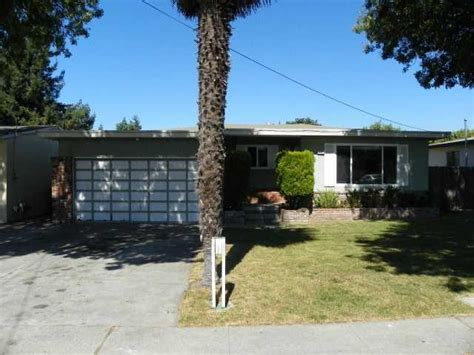 House For Sale In Hayward Ca by 121 W Blossom Way Hayward California 94541 Foreclosed