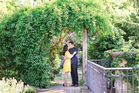 Toronto Wedding Photographer by Muir Gardens Engagement Toronto Wedding