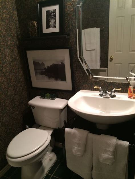 small bathroom pedestal sink small bathroom pedestal sink make it homey pinterest