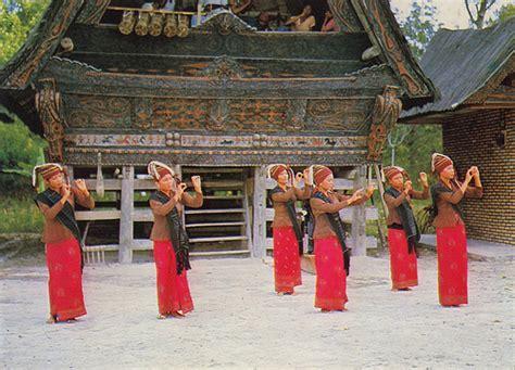 Ragam Tari Dan Lagu Daerah Sumatra ragam seni tari macam macam tari dari daerah sumatra utara
