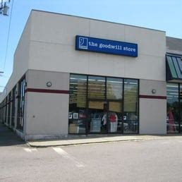the goodwill store thrift stores 625 southern artery the goodwill store 29 beitr 228 ge brocki 625 southern
