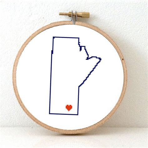 pattern maker winnipeg manitoba map cross stitch pattern manitoba ornament