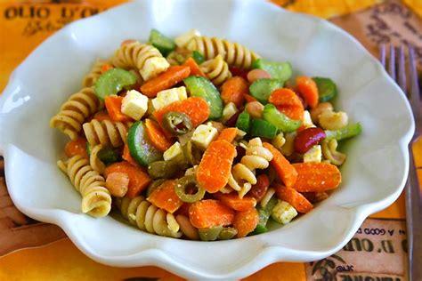 pasta salad vegetarian easy vegetarian pasta salad recipe veg corner