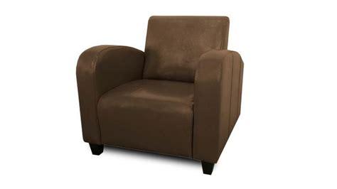 fauteuil imitation cuir vieilli les 25 meilleures id 233 es de la cat 233 gorie cuir vieilli sur