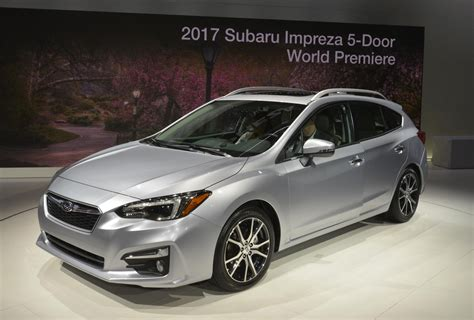 2017 subaru impreza hatchback black 2017 subaru impreza preview